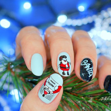 Don't Shoot Me Santa nail art by 74ines