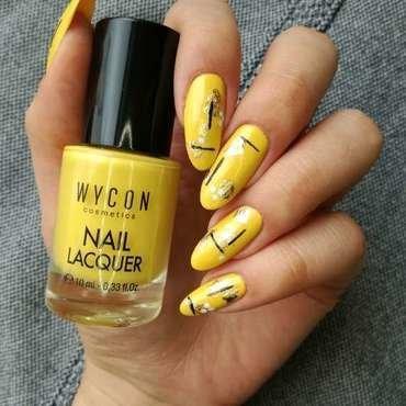 Żółte paznokcie nail art by MaliNaila