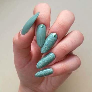 Minimalistyczne paznokcie nail art by MaliNaila
