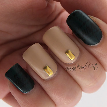Green And Nude  nail art by Make Nail Art