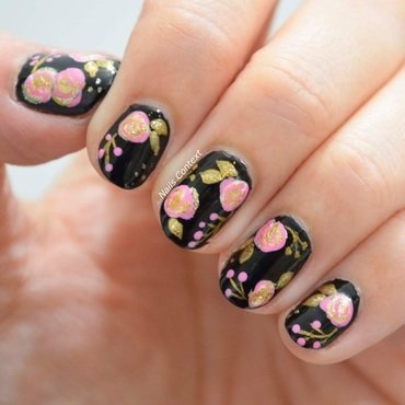 Florals  nail art by NailsContext
