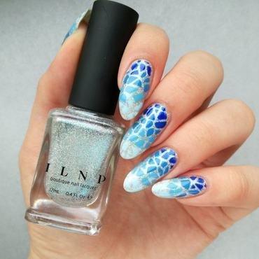 Niebieski gradient na paznokciach thumb370f