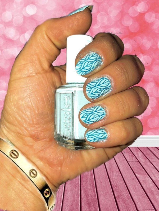 LEAVES nail art by FRANCESCA SPORTELLA