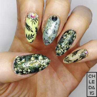 2018 #18 nail art by chleda15