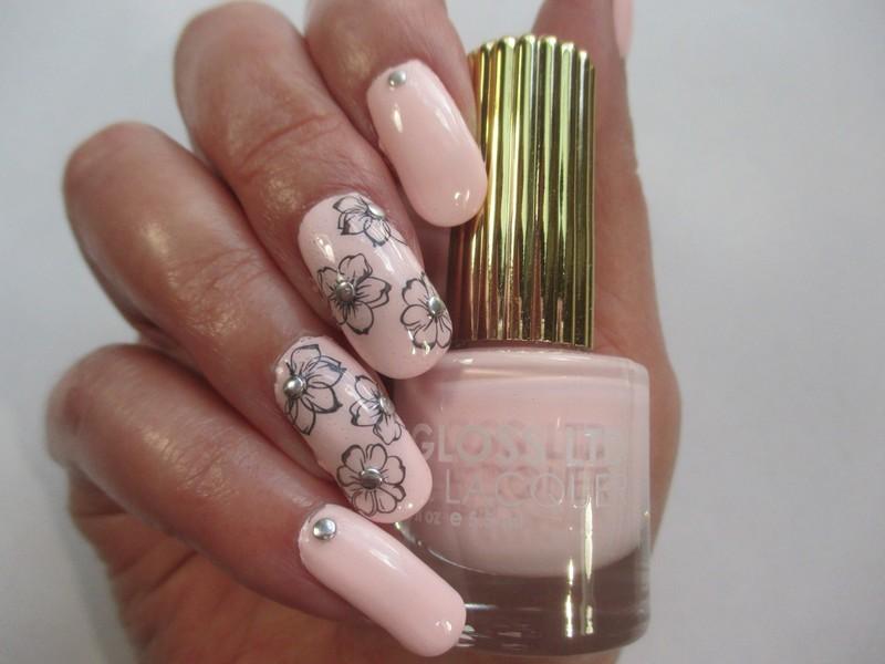 Pale Petals nail art by NinaB