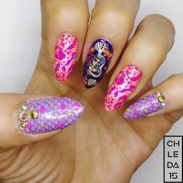 2019 #29 nail art by chleda15