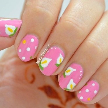 Calla Lilies nail art by NailsContext