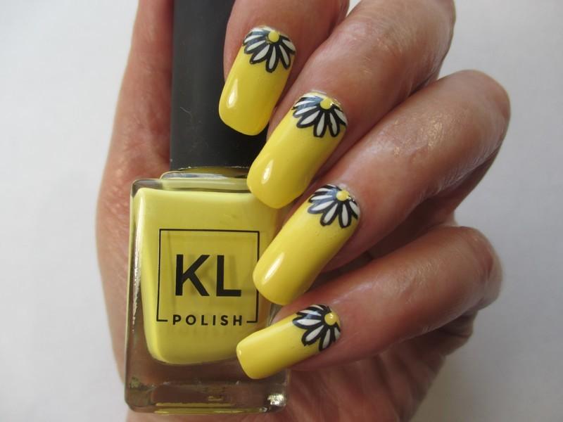 Summer Yellow Nails nail art by NinaB