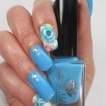 Blue Roses nail art by NinaB