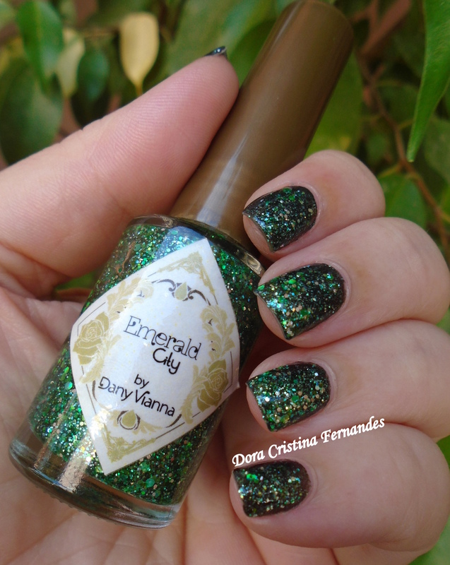 Emerald  nail art by Dora Cristina Fernandes