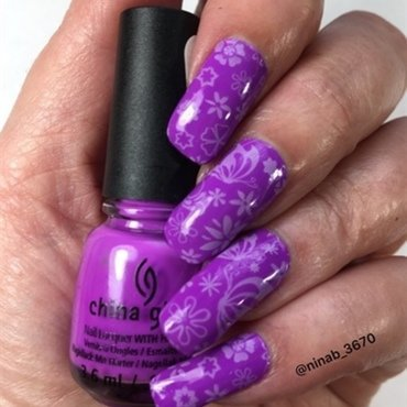 Purple Floral nail art by NinaB