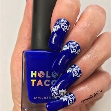 Royal-Tea Holo nail art by NinaB