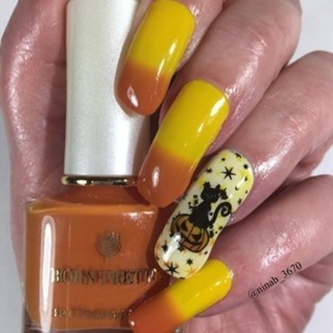 Halloween 19 Thermal nail art by NinaB