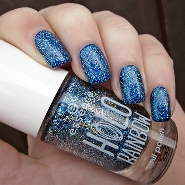 Essence 03 Holo Rocks Swatch by Sanela