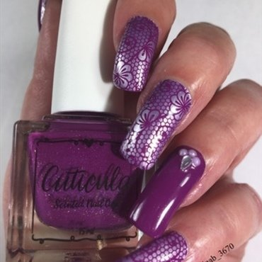 Purple Lace nail art by NinaB