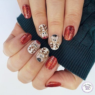 Christmas reindeer nail art by Funky fingers nail art