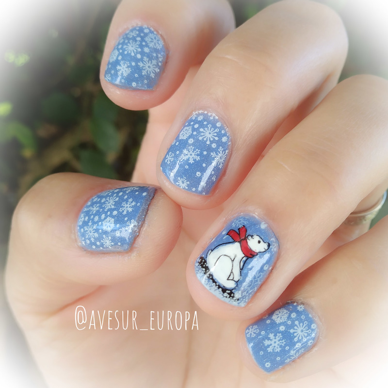 Polar Bear nail art by Avesur Europa