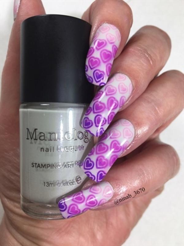 Valentines Gradient nail art by NinaB