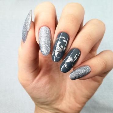 Z zawijaskami nail art by MaliNaila