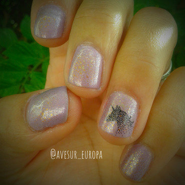 Unicorn Dust nail art by Avesur Europa