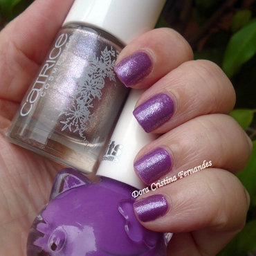 Kitty in the forest nail art by Dora Cristina Fernandes