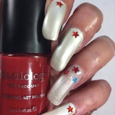 Happy Independence Day nail art by NinaB