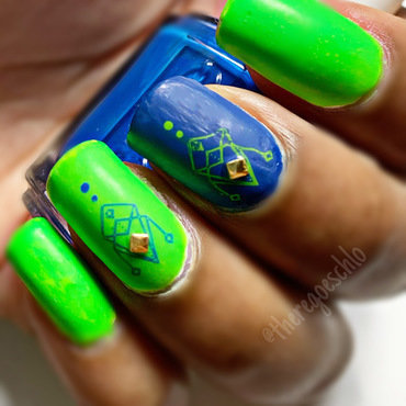 Geomattetry 💚💙✨ nail art by Chloe Jay