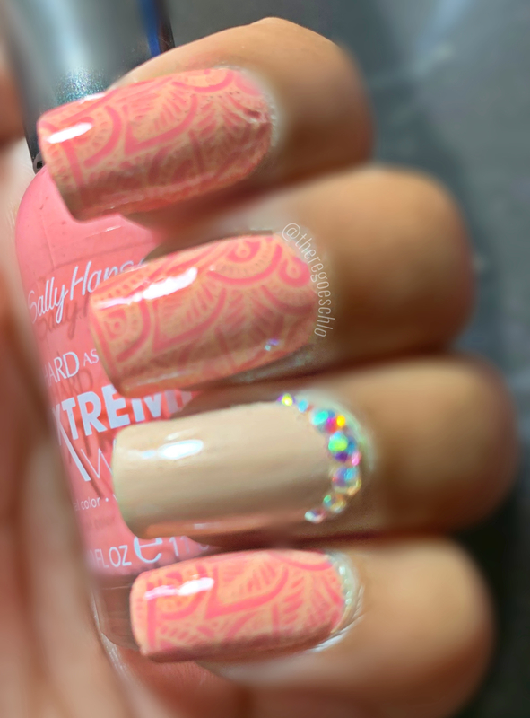 Pink & Beige Henna nail art by Chloe Jay