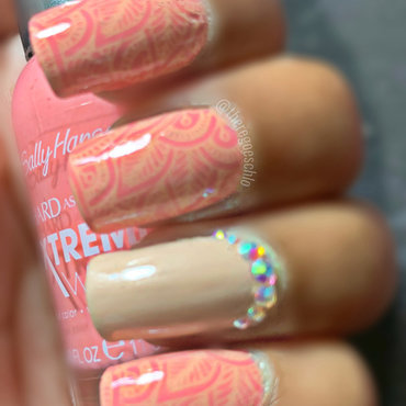 Pink & Beige Henna nail art by Chloe Jay