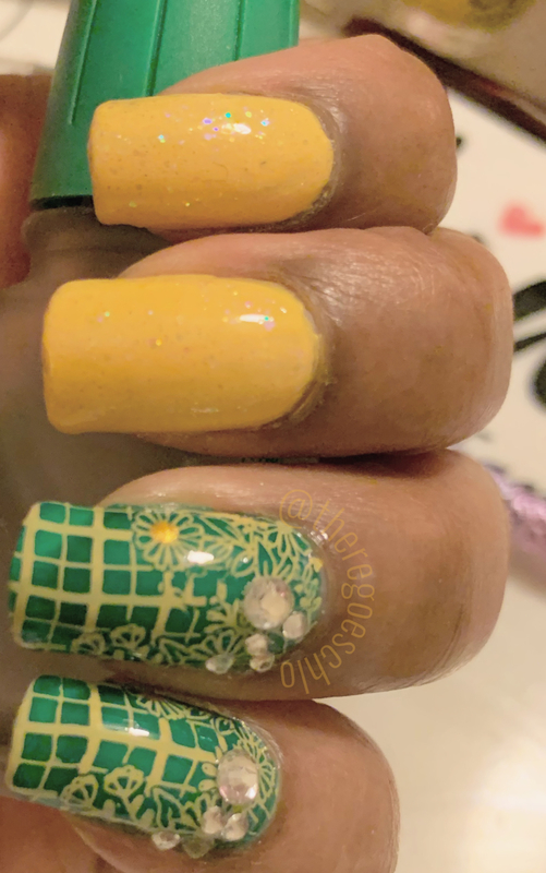 Sprite Can 🔰 nail art by Chloe Jay