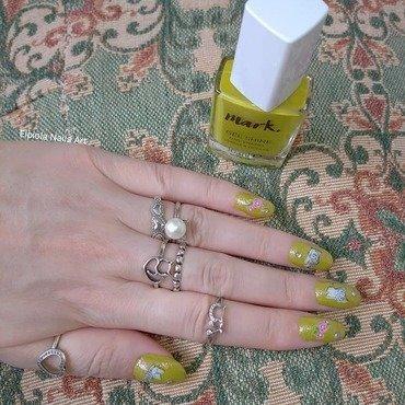 Cats & Roses nail art by Elpiola Lluka