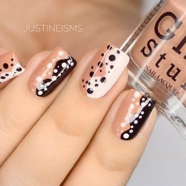 Abstract Dotticure nail art by ℐustine