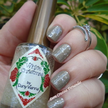 Shearling + White Christmas nail art by Dora Cristina Fernandes