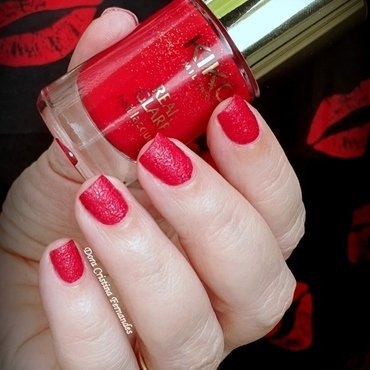 Kiko Real Glare Nail Lacquer n° 02 Progressive Red Swatch by Dora Cristina Fernandes