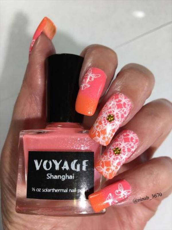 Voyage Shanghai nail art by NinaB