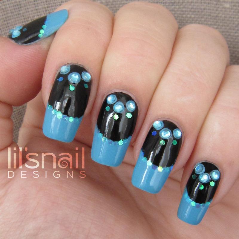 The Blue Night Dress nail art by Lily-Jane Verezen