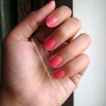 peachy gradient  nail art by Priyanjana Roy