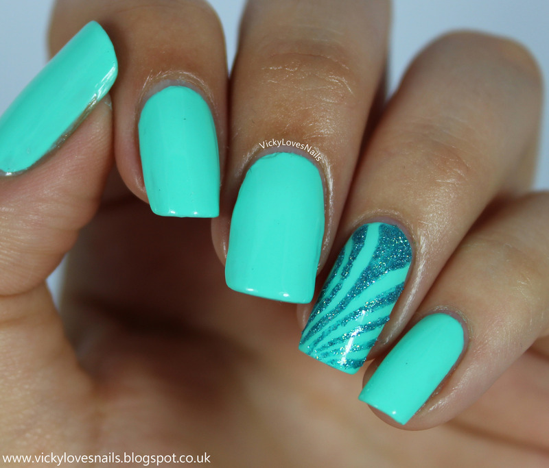 It's Mint To Be! nail art by Vicky Standage