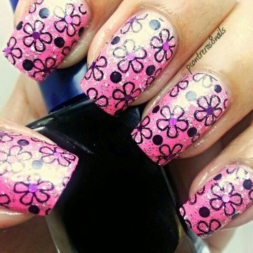 Flashy Flowers nail art by pcontreras8nails