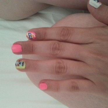 Sugar Skulls nail art by Renataremedios