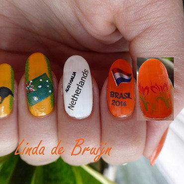 Australia-The Netherlands nail art by Linda de Bruijn