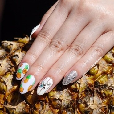 Pineapple%2520nails%2520%25285%2529 thumb370f