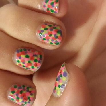 Neon Dots nail art by Renataremedios