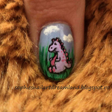 Dino 4 nail art by Sophie