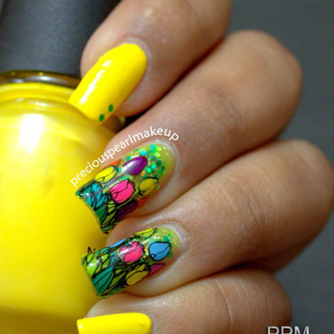 Bright Tulips nail art by Pearl P.