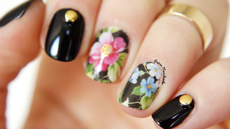 BLACK FLOWERS nail art by Panna Marchewka