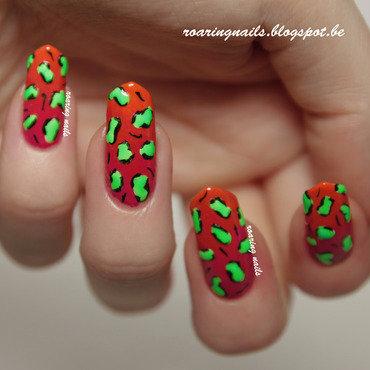 Rawrrr, Neon! nail art by Robin