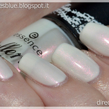 Essence dancing the swan lake ds 01 res675 thumb370f