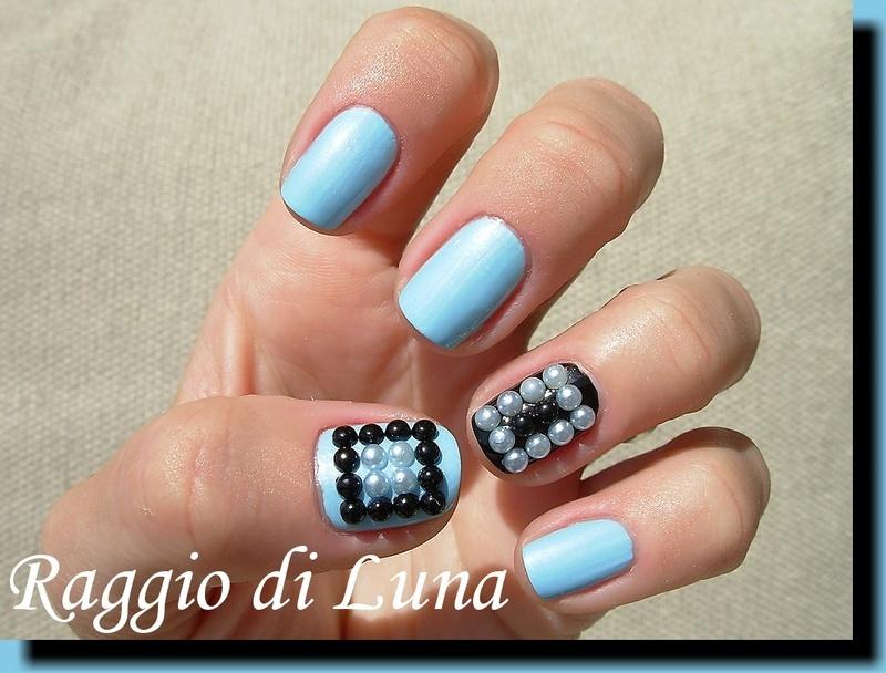 Geometric pearls manicure nail art by Tanja