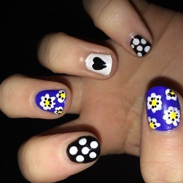 Daisy Duke nail art by Paige Finemore